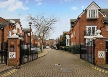 Thumbnail 4 bed flat to rent in Brondesbury Park, London