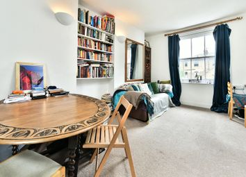Thumbnail 2 bed maisonette to rent in Thornhill Road, London