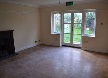 Room to rent in Jersey Road, Isleworth, Greater London TW7