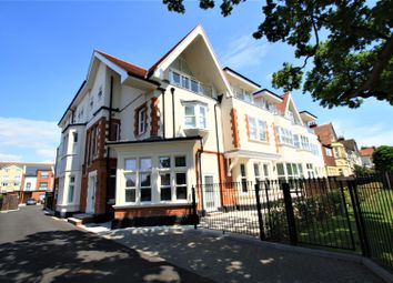 Thumbnail 2 bedroom flat to rent in St Hildas Mews, Imperial Avenue, Chalkwell