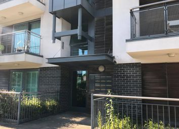 2 bed flat to rent in Ted Bates Road, Southampton SO14