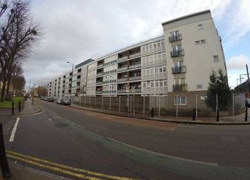 Thumbnail 4 bed flat to rent in Cannon Street, Shadwell/Whitechapel