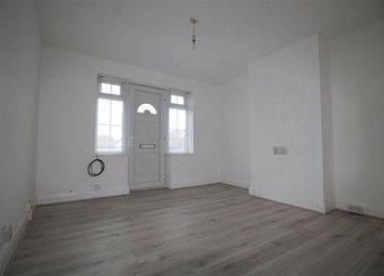 Thumbnail 2 bed flat to rent in Carlton Parade, St. Johns Hill, Sevenoaks