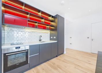 Thumbnail 1 bed flat to rent in Grantham House, City Island, 46 Botanic Square, Westminster, London
