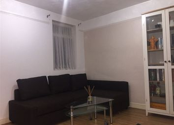 Thumbnail 1 bed property to rent in Radstock Road, Reading, Berkshire