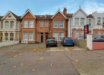 2 bed maisonette to rent in Seaforth Road, Westcliff-On-Sea SS0