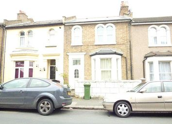 3 bed property to rent in Elmdene Road, London SE18