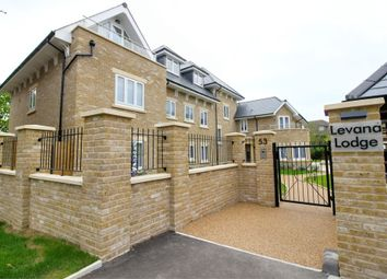 Thumbnail 2 bed flat for sale in Levana Lodge, Calshot Way, Enfield