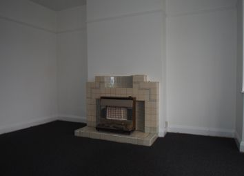 4 bed terraced house to rent in Bullsmoor Gardens, Waltham Cross EN8