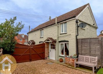 Thumbnail 2 bed cottage to rent in Hook, Nr Royal Wootton Bassett