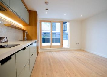 Thumbnail Studio to rent in Kingsley Mews, London