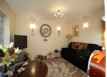 Thumbnail 2 bed flat to rent in 12 Clifton Court, Beaconsfield Street, Leamington Spa