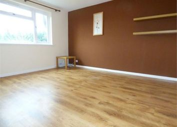 Thumbnail 2 bed flat to rent in Hill Rise, Slough