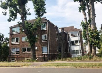 Thumbnail 2 bed flat for sale in Mount Crescent, Warley, Brentwood