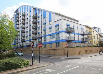 Thumbnail 2 bedroom flat to rent in Drummond Road, Croydon