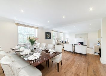 Thumbnail Flat for sale in Lowndes Square, Knightsbridge