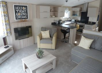 Thumbnail 2 bed property for sale in Ruthin