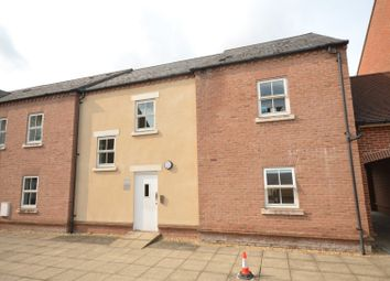 Thumbnail 2 bed flat for sale in Waterford Gate, Aylesbury, Buckinghamshire