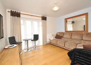 Thumbnail Flat to rent in Avocet, Letchworth Garden City