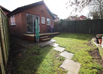 Thumbnail 1 bed detached bungalow to rent in Simons Close, Tilehurst, Reading