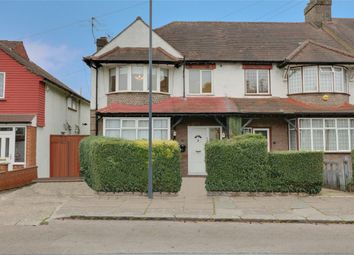 Thumbnail 1 bed flat to rent in The Meadow Way, Harrow Weald, Harrow