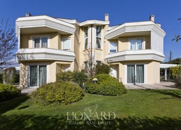 Thumbnail Villa for sale in Camaiore, Lucca, Toscana