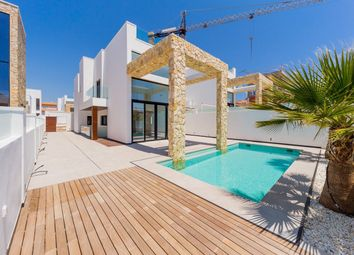 Thumbnail 4 bed chalet for sale in Torre Del Moro, Torrevieja, Spain