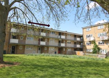 Thumbnail 2 bed flat for sale in Cockerell Road, Cambridge