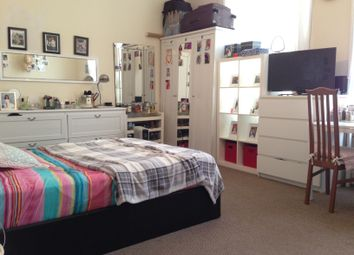Thumbnail Studio to rent in Stroud Green Road, Finsbury Park