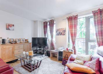 Thumbnail 2 bedroom flat for sale in Buckhurst Way, Buckhurst Hill
