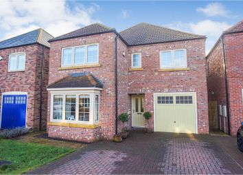 Thumbnail 4 bed detached house for sale in Abbottsford Way, Lincoln