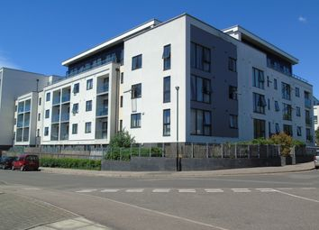 Thumbnail 2 bed flat for sale in Hillyfield, Walthamstow