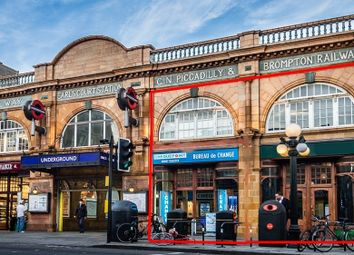 Thumbnail Retail premises to let in Earls Court Road, London
