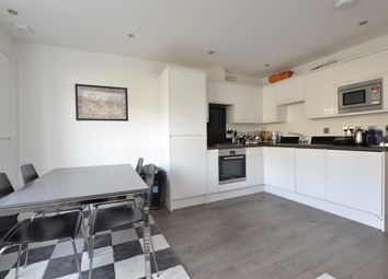 Thumbnail 1 bedroom flat to rent in Flat Maple House, High Street, Witney, Oxon