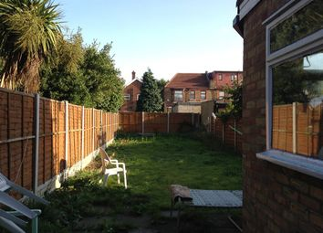 Thumbnail Room to rent in Green Lane, Ilford
