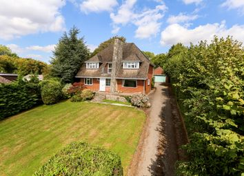 Thumbnail 4 bed detached house to rent in Gravel Lane, Four Marks, Alton