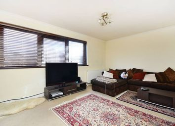 Thumbnail 4 bed flat to rent in Sturmer Way, Islington, London