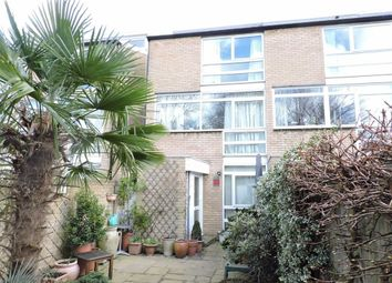 Thumbnail 3 bed town house for sale in Weymede, Byfleet, West Byfleet