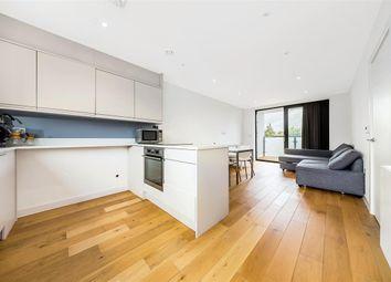 Thumbnail 2 bedroom flat to rent in Radbourne Road, London