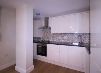 3 bed flat to rent in 302, Charter House, High Road IG1
