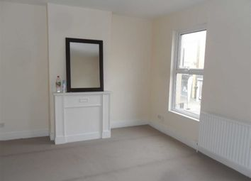 Thumbnail 2 bedroom maisonette to rent in Nuxley Road, Belvedere, Kent