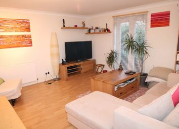 Thumbnail 1 bed flat to rent in Kinswood Drive, Sutton
