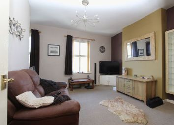 Thumbnail 1 bed flat to rent in High Road, Willenhall