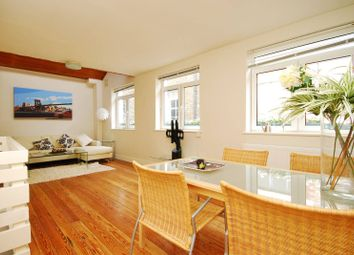 Thumbnail 2 bed property for sale in Elliotts Place, Angel