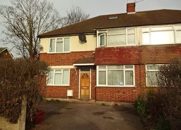 2 bed maisonette to rent in Wentworth Road, Southall UB2