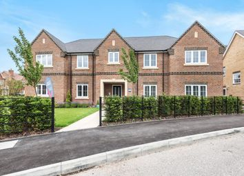 Thumbnail 2 bed flat for sale in Tower Gardens, Mortimer