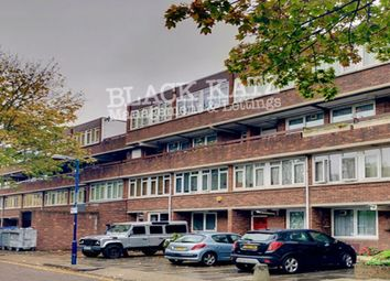 4 bed flat to rent in Carey Gardens, London SW8