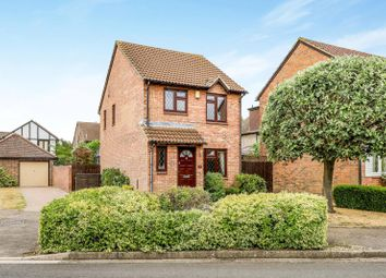 Thumbnail 3 bed detached house to rent in Kings Chase, East Molesey