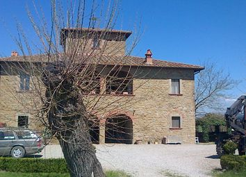 Thumbnail Farmhouse for sale in Il Pero, Arezzo, Tuscany, Italy