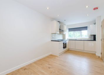 Thumbnail 3 bed flat to rent in Gideon Road, Clapham Junction